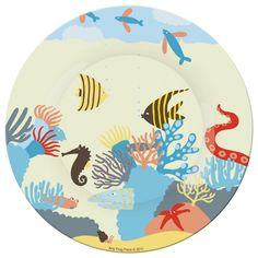 Craquez pour ces animaux marins aux belles couleurs ! Fabriquée en mélamine, cette assiette enfant a été pensée pour les petits : elle résiste bien aux chocs et est très légère. Elle permettra à vos enfants de manger comme des grands tout en s'amusant. Lavable au lave-vaisselle. Dimensions : 20 cm