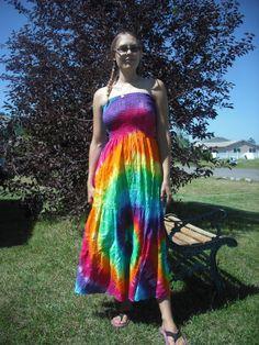 Convertible tube dress to long skirt. $39.00, via Etsy.