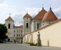 church-of-the-holy-trinity-kaunas