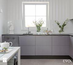 Kuchnia styl Klasyczny - zdjęcie od EVOLUXURY DESIGN