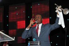 "Nathaniel Bassey ministering ""Yaweh"""
