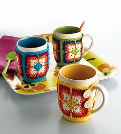 Transcendent Crochet a Solid Granny Square Ideas. Inconceivable Crochet a Solid Granny Square Ideas. Crochet Mug Cozy, Crochet Granny, Crochet Gifts, Diy Crochet, Crochet Squares, Crochet Ideas, Yarn Projects, Knitting Projects, Crochet Projects