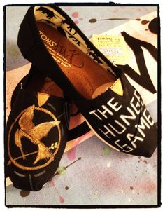 Omg!! Hunger Games toms!!!!