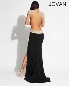 Bringing sexy back with this Jersey Jovani embellished gown #prom #prom2014 #pocadiz