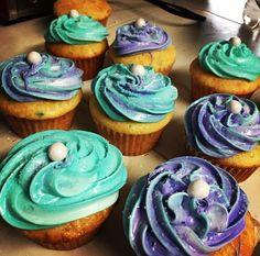 Mermaid cupcakes Mermaid Party Food, Mermaid Cupcakes, Desserts, Tailgate Desserts, Deserts, Postres, Dessert, Plated Desserts