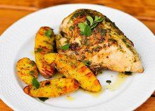 Grilling: Chicken with Roasted Garlic-Oregano Vinaigrette and Fingerling Potatoes RecipeEach week Joshua Bousel of The Meatwave drops by with a recipe for you to grill over the weekend. Fire it up, Joshua! Chicken tends to be my go-to ite. Oven Baked Chicken, Grilled Chicken Recipes, Grilling Chicken, Jerk Chicken, Boneless Chicken, Great Recipes, Favorite Recipes, Yummy Recipes, Healthy Recipes