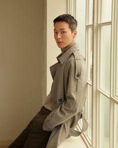 Image may contain: 1 person, standing Asian Actors, Korean Actors, Asian Haircut, Lee Min Ho, Korean Drama, Bad Boys, Boy Groups, Kdrama, Hot Guys