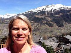 Gorgeous day in the #Vald'Anniviers. Still snow in #Grimentz #spring #ski #SwissSelfie from our balcony by @annawalkerswiss #Switzerland