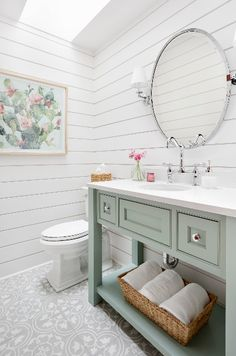 Shiplap bathroom walls have taken the design scene by storm in the past five years. Shiplap creates the classic rustic look that is well-loved by designers and home DIYers alike. Shiplap is affordable and easy to install! Shiplap Bathroom Wall, White Bathroom Tiles, Master Bathroom, Colorful Bathroom, Bathroom Mirrors, Bathroom Colors, Washroom, Layout Design, Wall Design