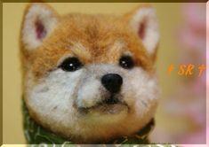 look at that face! Pom Pom Animals, Felt Animals, Wet Felting, Needle Felting, Felt Dogs, Felting Tutorials, Needle Felted Animals, Dog Boarding, Soft Sculpture