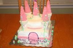 Creating a Princess / Castle Birthday Cake. Birthday Board, Birthday Ideas, Birthday Parties, Castle Birthday Cakes, Cake Decorating For Beginners, Princess Castle, Buttercream Icing, Icing Recipe, Fancy Cakes