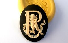 R Letter Alphabet Cameos with Cherubs Mold Mould Resin Clay Fondant Wax Soap Fimo Flexible Silicone Mold by KingdomMold on Etsy https://www.etsy.com/listing/187271950/r-letter-alphabet-cameos-with-cherubs
