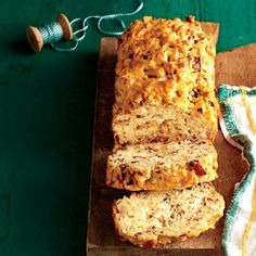 Recipes from the September Issue of Southern Living: Apple-Cheddar Bread
