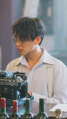 chicago typewriter | Tumblr Asian Actors, Korean Actors, Oppa Ya, Sungkyunkwan Scandal, Chicago, Yoo Ah In, Piano Man, Korean Fashion Men, The Secret History