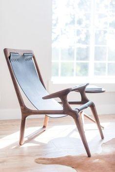 the sling chair walnut black leather assises tabouret fauteuil design industriel