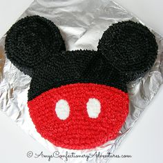 For the second time this year, I got to make a Mickey Cake for my boys! For the second time this year, I got to make a Mickey Cake for my boys! My older son (Dude) wanted a Mickey birthday Bolo Mickey E Minnie, Theme Mickey, Fiesta Mickey Mouse, Mickey Mouse Bday, Mickey Mouse Parties, Minnie Birthday, Mickey Party, Boy Birthday, Disney Parties