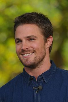 Stephen amell. I fricken love Arrow!! :) ♥♡