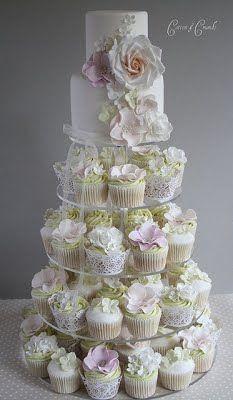 Bolo Casamento Cupcake