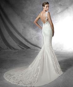 In Store!! $2100 PRESEA, Wedding Dress 2016 PRONOVIAS