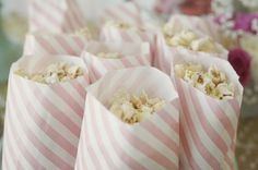WHERE did she find these insanely cute pink and white striped popcorn bags??