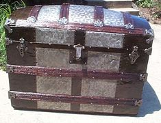 Chest Liner Steamer New Vintage Foot Decorative Metal Reasonable Embossed Trunk Tin