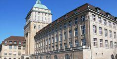 """Öffentliche Vorlesungen an der Uni Zürich - Campus - Besucher können sich im Frühjahrssemester über die Themen """"Menschenbilder"""", """"Theologie als Orientierung"""" und """"Wohn- und Lebensformen im Alter"""" informieren."""