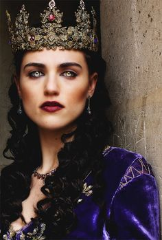 Image discovered by leia. Find images and videos about merlin, katie mcgrath and morgana on We Heart It - the app to get lost in what you love. Morgana Le Fay, Merlin Morgana, Merlin And Arthur, King Arthur, Katie Mcgrath, Royals, Merlin Fandom, Lena Luthor, Queen
