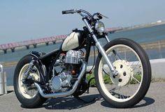 Yamaha_SR500_chopper_by_Gravel_crew