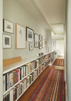 30 Incredible Long Low Bookshelf Design Ideas Made Of Wood - Page 24 of 30 Unique Bookshelves, Bookshelf Design, Living Room Bookshelves, Low Bookcase, Bookshelf Ideas, Bookcases, Home Libraries, Hallway Decorating, Entryway Decor