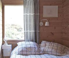 Wooden summer cottage in Scandi Living, Curtains Pictures, Cottage Interiors, Cottage Design, Minimalist Interior, Dream Decor, Scandinavian Interior, Home Bedroom, Interior Design Living Room