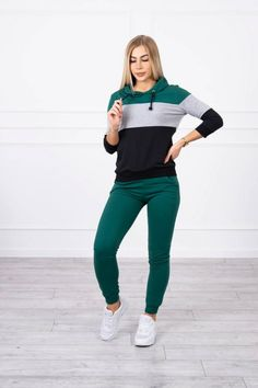 Súprava s farebnými pruhmi 8877 v tmavozelenej farbe Green And Grey, Normcore, Stripes, Sporty, Sweatshirts, Sleeves, Cotton, Pants, Women
