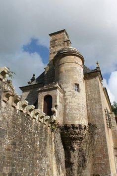 Château de Rosmorduc ~ Logonna ~ Bretagne ~ France