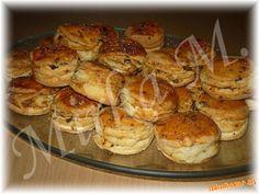 Škvarkové pagáčiky Russian Recipes, Shrimp, Breads, Polish, Meat, Food, Bread Rolls, Vitreous Enamel, Essen