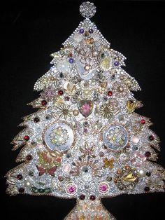 fabulous christmas tree brooch