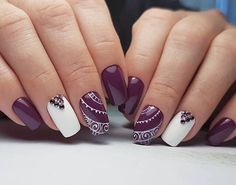 Here is a tutorial for an interesting Christmas nail art Silver glitter on a white background – a very elegant idea to welcome Christmas with style Decoration in a light garland for your Christmas nails Materials and tools needed: base… Continue Reading → Purple Nails, White Nails, Gorgeous Nails, Pretty Nails, Uñas Fashion, Nailed It, Easy Nails, Nail Art Stickers, Wedding Nails
