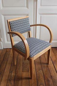 fauteuil Bridge années 50 rénovés tissu graphique noir et blanc
