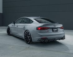 German tuning firm ABT Sportsline is no stranger to making powerful German missiles even more powerful. Dirt Track Racing, Drag Racing, Racing Wheel, Audi Rs5 Sportback, R8 V10, Sports Car Wallpaper, Audi A5, Rs 5, Volkswagen Group