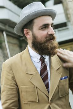 guaizine: untitled by male® Mature Mens Fashion, Beard Fashion, Men's Fashion, Lumberjack Men, Beard Model, Perfect Beard, Hey Man, Bald Men, Epic Beard