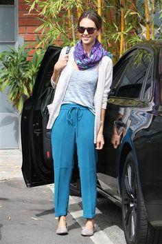 Jessica Alba seen runs errands in Los Angeles on May 19, 2014.