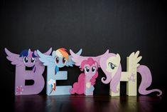 My Little Pony Party / Paper Mache Letters / Decor - Twilight Sparkle / Rainbow Dash / Pinkie Pie / Fluttershy My Little Pony Birthday Party, 5th Birthday Party Ideas, 7th Birthday, Party Fun, Cumple My Little Pony, Paper Mache Letters, Letter Size Paper, All Paper, Rainbow Dash