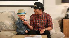 Bruno Mars Sings with Kai. Too cute!!! I love Bruno Mars!!!
