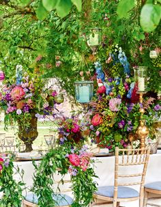 """VOGUE Weddingの「ウエディング:ロマンティックが香る """"秘密の花園""""パーティー!」に関するページです。VOGUE JAPANが手掛ける「VOGUE Wedding(ヴォーグウェディング)」は世界トップのフォトグラファー及びモデルを多彩に起用した最も洗練されたウエディング誌です。「世界でいちばん美しい花嫁になる」をコンセプトとしたハイエンドでモードな情報が満載です。"""