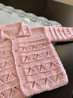 archive of vintage knitting patterns Free vintage knitting patternsFree vintage knitting patterns Baby Cardigan Knitting Pattern Free, Crochet Baby Jacket, Vintage Knitting, Lace Knitting, Knit Crochet, Knitted Baby Clothes, Knitting Designs, Baby Patterns, Kind Mode