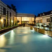 Experience luxury accommodations throughout the stunning continent of Africa at Protea Hotels, a Marriott International hotel brand. Hotel Branding, Luxury Accommodation, Interior Design Studio, Mansions, Architecture, House Styles, Places, Zulu, Commercial