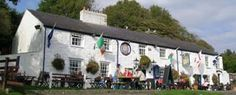 When is comes to location and views, the Ship Inn could probably boast the best in Anglesey. Located on the shore of Red Wharf Bay, it offers food and drink 7 days of the week.