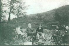 Ford Edison Firestone 1918 | ... photo, John Burroughs,Harvey Firestone,Henry Ford and Thomas Edison horseshoe run 1918