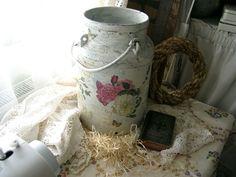 *Milchkanne,shabby chic,vintage look* von Shabbytraum auf DaWanda.com