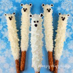 Polar Bear Pretzel Pops How cute! Yummy Polar Bear Pretzel Pops would be great for a winter birthday party. Winter Birthday Parties, Winter Parties, Christmas Parties, Christmas Birthday, Kids Christmas, Polar Bear Party, Polar Bears, Polar Bear Crafts, Edible Crafts