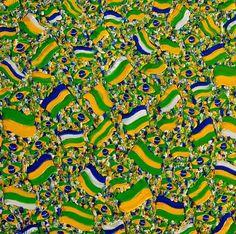 Em ritmo de copa, 2014 Christine Drummond (Brasil, contemporânea) óleo sobre tela, 100 x 100 cm www.chdrummond.com