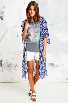 Floaty Print Kimono in Blue - Urban Outfitters